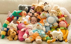 abrumado-por-los-juguetes